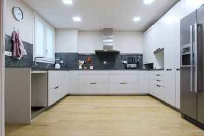 Spacious apartment in prime area of Barcelona